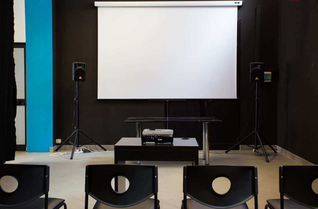 associazione lacumbia film sala proiezione